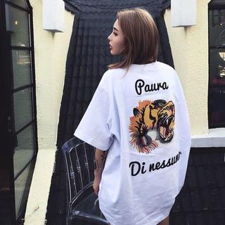 【ストリート系】ビッグサイズでゆったり着れるトラTシャツ(ホワイト)/Lサイズ