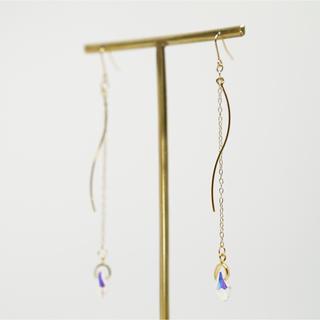 ザラ(ZARA)の再∞販 chain × wave pierce /earring(ピアス)