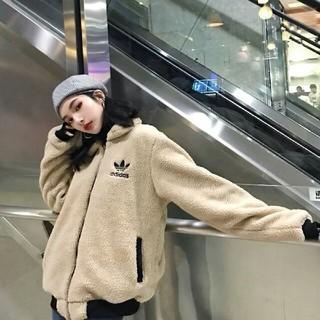 アディダス(adidas)のAdidas 両面着れる 大人気のパーカー 冬服 男女通用(パーカー)