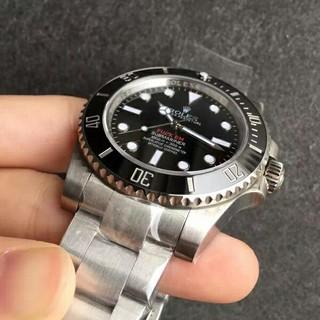 ロレックス(ROLEX)のROLEXコラボ サブマリーナ 114060 2018リーク シュプリーム (腕時計(アナログ))