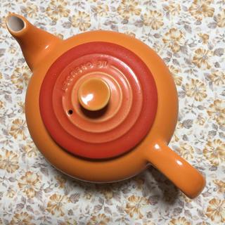 ルクルーゼ(LE CREUSET)のル・クルーゼ ティーポット茶こし付き(食器)