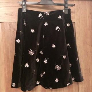 ジルバイジルスチュアート(JILL by JILLSTUART)のジルバイ* 刺繍 花柄スカート(ミニスカート)