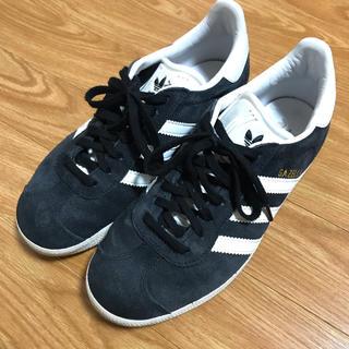 アディダス(adidas)のadidas  GAZELLE  23.5cm(スニーカー)