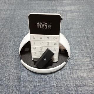 カード携帯電話 TaKase(携帯電話本体)