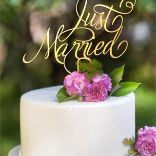 Just Married ゴールドアクリル ウェディングケーキトッパー