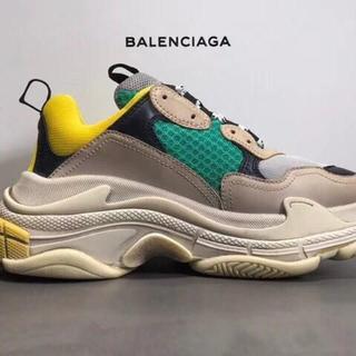 バレンシアガ(Balenciaga)のショルダー トートバッグ人気 スニーカー 財布 リュック 携帯ケース(スニーカー)