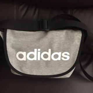 アディダス(adidas)のアディダスショルダーバック(ショルダーバッグ)