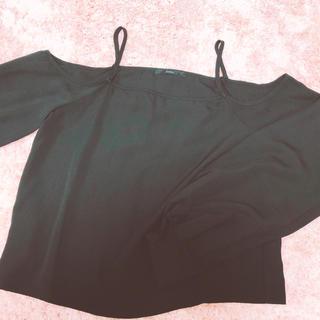 グレイル(GRL)のオフショル(Tシャツ(半袖/袖なし))