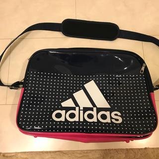 アディダス(adidas)のアディダス エナメルスポーツバッグ(その他)