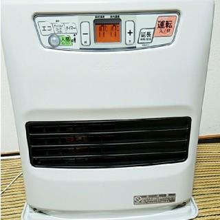トヨトミ石油ファンヒーター  LCS33GW(ファンヒーター)