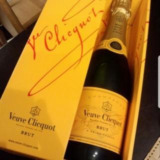 ブーブクリコ イエローラベル (シャンパン/スパークリングワイン)