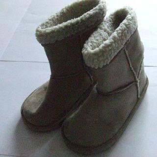 T178子供用 ブーツ 22センチ(ブーツ)