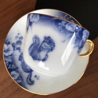オオクラトウエン(大倉陶園)の未使用⭐️大倉陶園 岡染 可愛いリスちゃんのカップ&ソーサー(グラス/カップ)