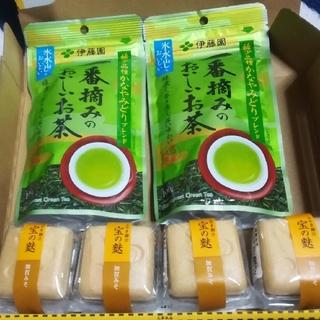 加賀麩4個と伊藤園の緑茶2個セット(その他)
