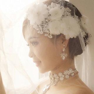 パーティーウエディング結婚式髪飾りヘッドドレス大白花フラワーヘアコサージュ