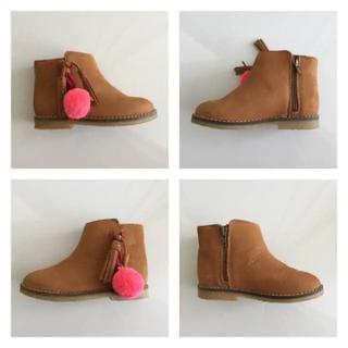 ザラ(ZARA)のZarababy ピンクのポンポンが可愛い♡ ブーツ(ブーツ)