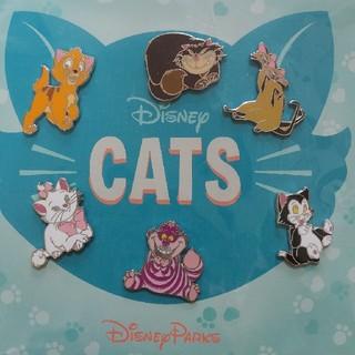 ディズニー(Disney)の新品未使用!!海外Disney CATS ブースター ディズニーピンバッジ(バッジ/ピンバッジ)