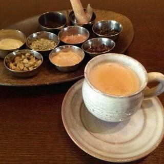 7種類のスパイス 本格的チャイキット(茶)