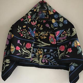 キャロン(CARON)のBELLODGIA DE CARON/89✖️89イタリア製/シルク/未使用(バンダナ/スカーフ)