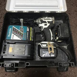 マキタ(Makita)のマキタインパクトドライバー14.4V(工具/メンテナンス)