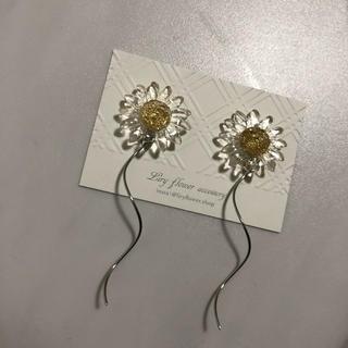FOREVER 21 - ♥︎new♥︎ ゆらりflower ❁ earring