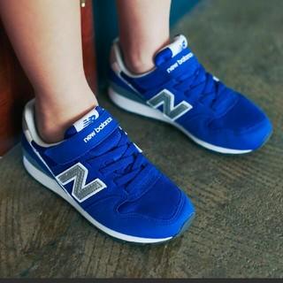 ニューバランス(New Balance)のnew balance kids   996    ブルー 20.5cm(スニーカー)
