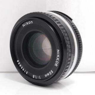 ニコン(Nikon)の【美品】Nikon 50mm 1.8 Ai-S NIKKOR ニコン (レンズ(単焦点))