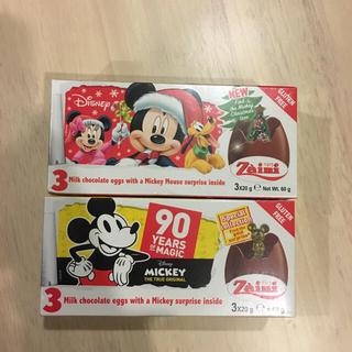 ディズニー(Disney)のチョコエッグ 2つセット クリスマス 90周年ミッキー 菓子 チョコ(菓子/デザート)