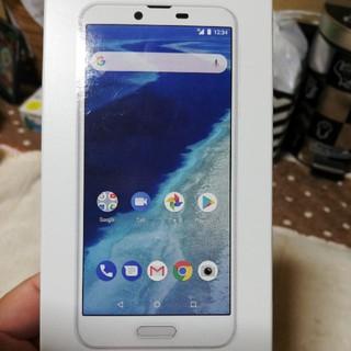 シャープ(SHARP)のY!mobile、AndroidOneX4(スマートフォン本体)