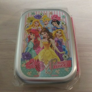 ディズニー(Disney)の新品☆プリンセス アルミ お弁当箱(弁当用品)
