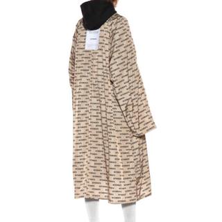 バレンシアガ(Balenciaga)の確実正規品 vetements printed raincoat ヴェトモン(ステンカラーコート)
