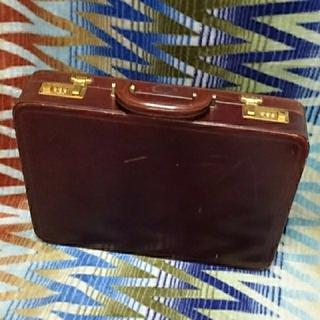バリー(Bally)の‼️平成年末最後bargain‼️BALLY 革製アタッシュケース(茶色)‼️(ビジネスバッグ)