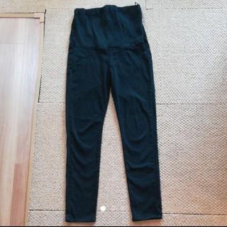 ユニクロ(UNIQLO)のユニクロ マタニティパンツ Mサイズ ブラック(マタニティボトムス)
