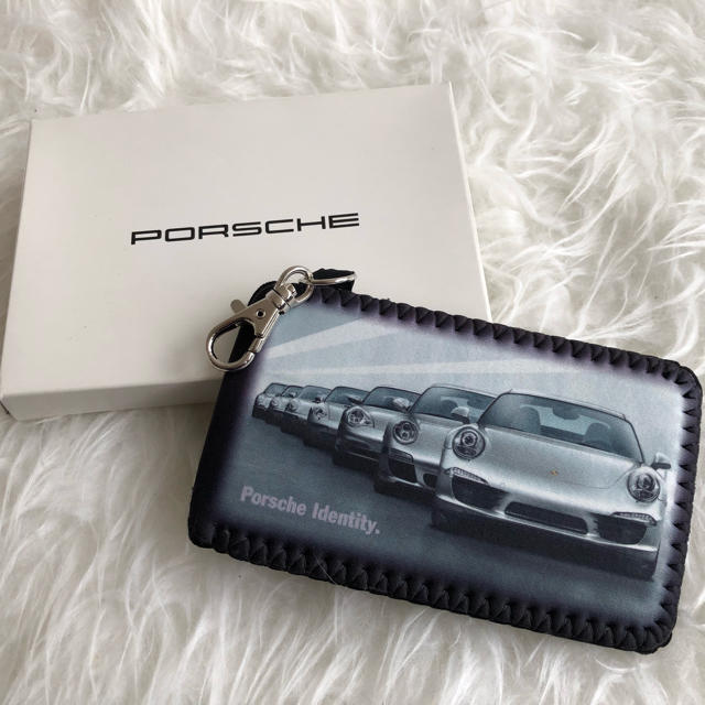 Porsche(ポルシェ)のPorsche モバイルフォンケース未使用 スマホ/家電/カメラのスマホアクセサリー(モバイルケース/カバー)の商品写真