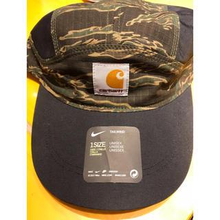 ナイキ(NIKE)のnike  carhartt コラボ帽子(キャップ)