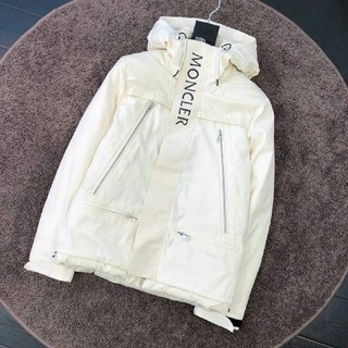 MONCLER  モンクレール   ダウンジャケット ホワイト(ダウンジャケット)