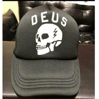 デウスエクスマキナ(Deus ex Machina)の美品!送料込 DEUS キャップ(キャップ)