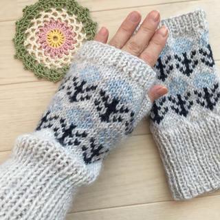 北欧花柄ハンドウォーマー 手編み(手袋)