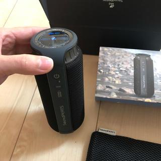 アイエルバイサオリコマツ(il by saori komatsu)のsoundpeats P5  ワイヤレススピーカー 美品(スピーカー)