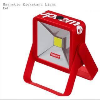 シュプリーム(Supreme)のSupreme Magnetic Kickstand Light read 赤(テーブルスタンド)