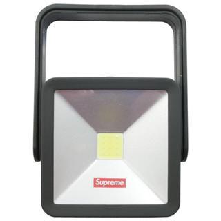 シュプリーム(Supreme)のSupreme Magnetic Kickstand Light read 黒(テーブルスタンド)