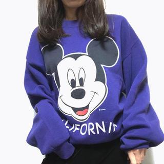 ディズニー(Disney)の激レア  古着 長袖スウェット パープル US ミッキー 着画あり(トレーナー/スウェット)