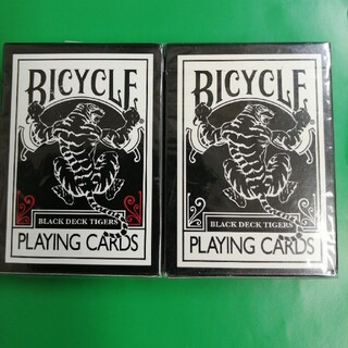激レア、Bicycle Black TIGERS レッド&ホワイト(トランプ/UNO)