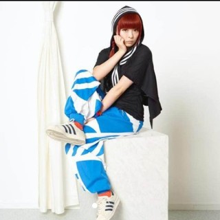 アディダス(adidas)のadidas originals  人気完売 Tシャツ(Tシャツ(半袖/袖なし))