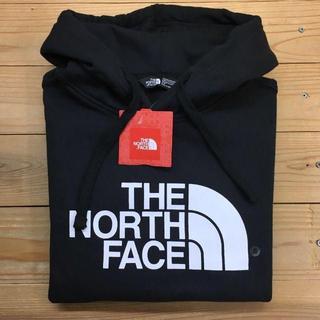 ザノースフェイス(THE NORTH FACE)の新品【メンズS】★ノースフェイス★人気のフロントロゴパーカー/黒(パーカー)