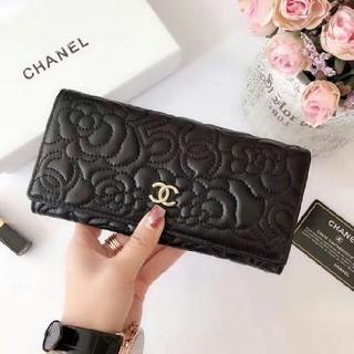 CHANEL - CHANEL 二つ折り長財布