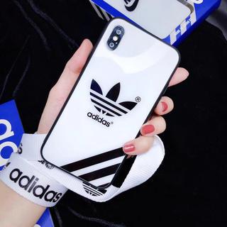 アディダス(adidas)のAdidas  アディダススマホケース (iPhoneケース)