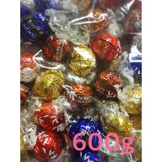 コストコ(コストコ)のリンツ リンドール  チョコレート 600g リンツチョコレート (菓子/デザート)