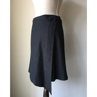 イブルース(IBLUES)のイブルース アシメトリー 巻きスカート(ひざ丈スカート)