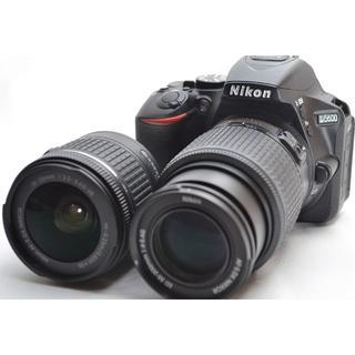 ニコン(Nikon)のニコン D5600 ダブルレンズ ★本格一丸レフ WiFi対応機種★(デジタル一眼)